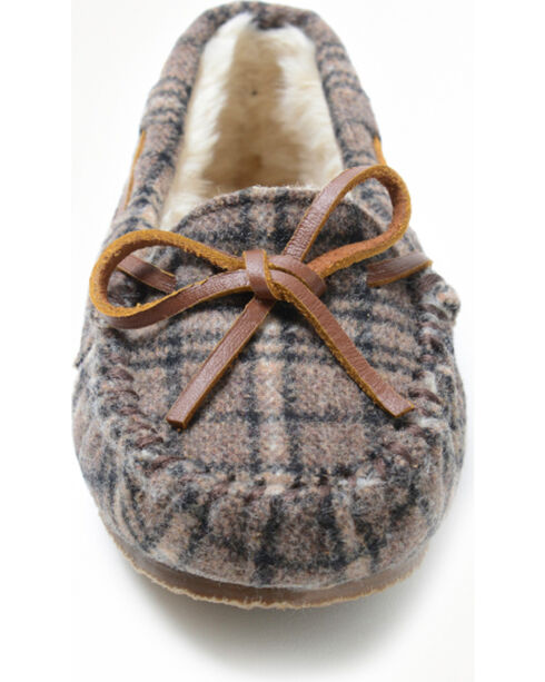 Minnetonka Moccasin Girls' Cassie Plaid Slipper Moccasin, Multi, hi-res