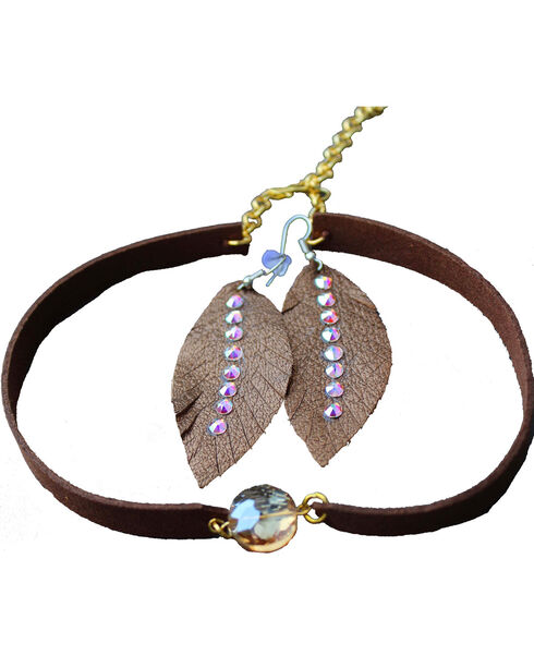 2 Queen B's Women's Brown Suede Choker & Leather Earring Set, Light Pink, hi-res