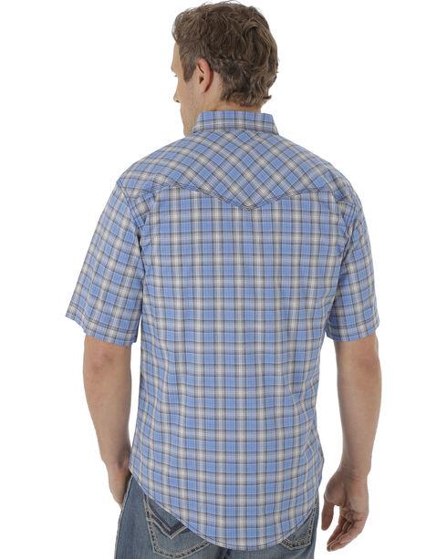 Wrangler 20X Men's Blue and Navy Plaid Short Sleeve Snap Shirt , Blue, hi-res