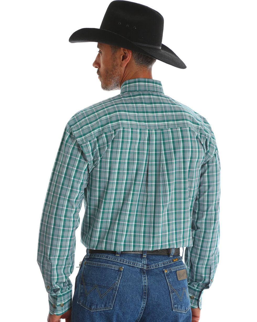 Wrangler Men's Green George Strait Double Pocket Plaid Shirt , Green, hi-res