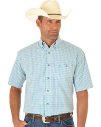 Wrangler Men's George Strait Short Sleeve Grid Plaid Western Shirt, , hi-res