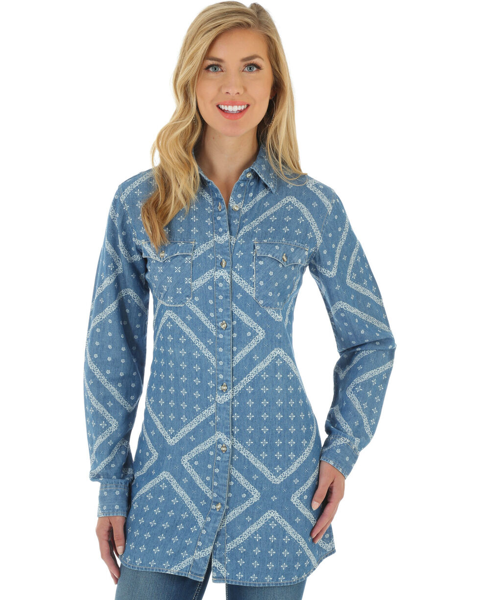 Wrangler Women's Indigo Western Fashion Top, Indigo, hi-res