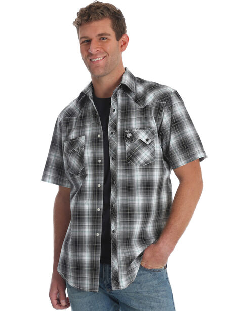 Wrangler Men's Black Plaid Retro Sawtooth Pocket Shirt , Black, hi-res