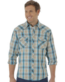 Wrangler Men's Multi-Colored Plaid Pattern Long Sleeve Shirt, , hi-res