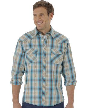 Wrangler Men's Multi-Colored Plaid Pattern Long Sleeve Shirt, Green, hi-res