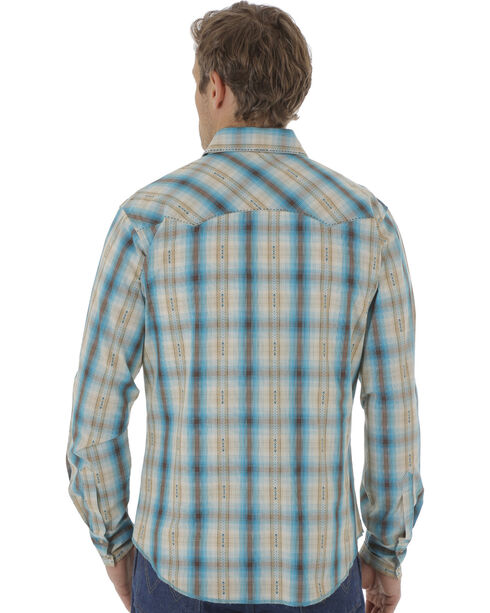Wrangler Men's Multi-Colored Plaid Pattern Long Sleeve Shirt, Green, hi-res