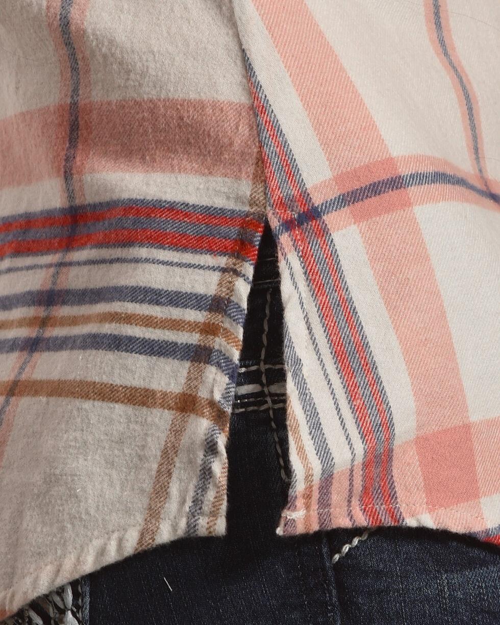 Shyanne Women's Plaid Sleeveless Shirt, Multi, hi-res