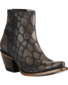 Ariat Women's Benita Booties, Black, hi-res