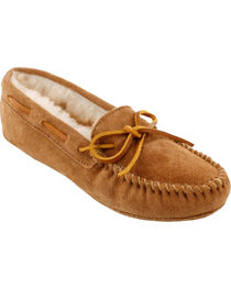 Minnetonka Women's Sheepskin Softsole Moccasins, , hi-res