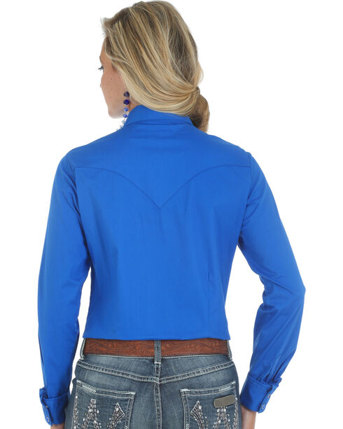 Wrangler Women's Long Sleeve Western Shirt, Blue, hi-res