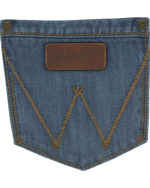 Wrangler Retro Men's Evanston Low Rise Relaxed Boot Cut Jeans, Blue, hi-res