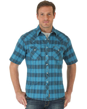 Wrangler Men's Box Plaid Short Sleeve Shirt, Blue, hi-res