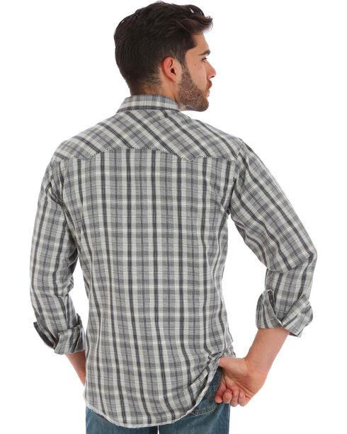Wrangler Men's Grey Plaid Fashion Snap Long Sleeve Shirt, Grey, hi-res