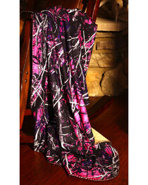 Carstens Muddy Girl Throw Blanket, , hi-res