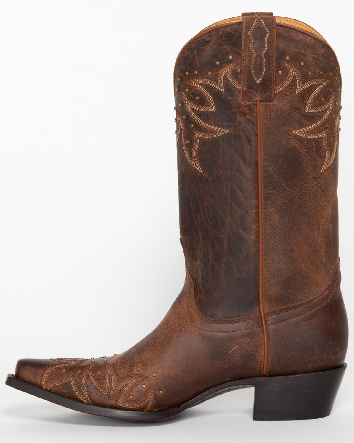 These Shyanne boots have fashionable good looks with classic comfort. The full grain leather and classic western stitching give you quality and style that can go anywhere. The comfort leather lining and insole keep you wrapped in comfort while the steel shank provides the support you need for all day wear.