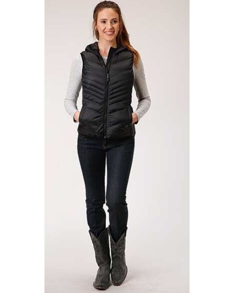Roper Women's Black Lightweight Chevron Quilt Vest, Black, hi-res
