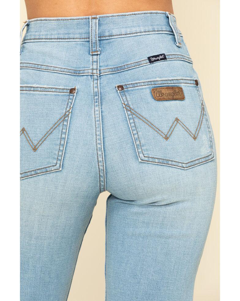 Wrangler Retro Women's Light Wash Boyfriend Capri Jeans, Blue, hi-res