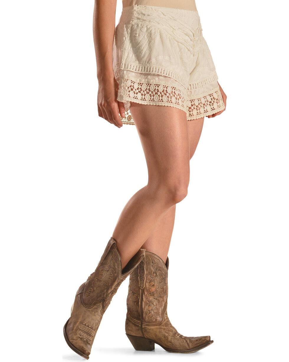 R Cinco Ranch Women's Shabby Chic Shorts, White, hi-res