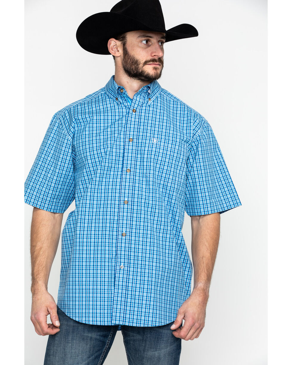 Ariat Men's Eatherton Small Plaid Short Sleeve Western Shirt , Blue, hi-res