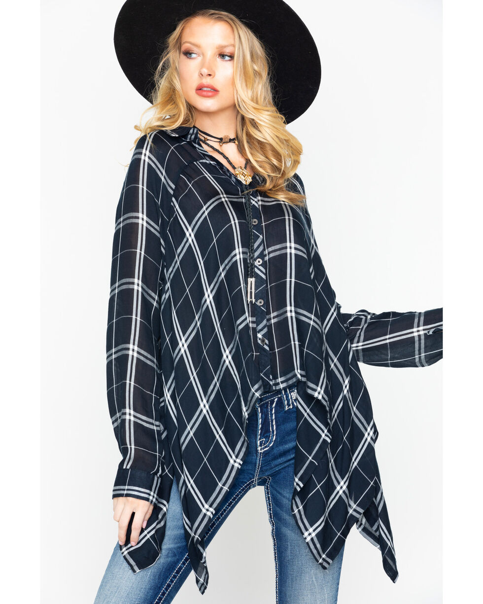 White Crow Women's Plaid Shark Bite Shirt , Black/white, hi-res