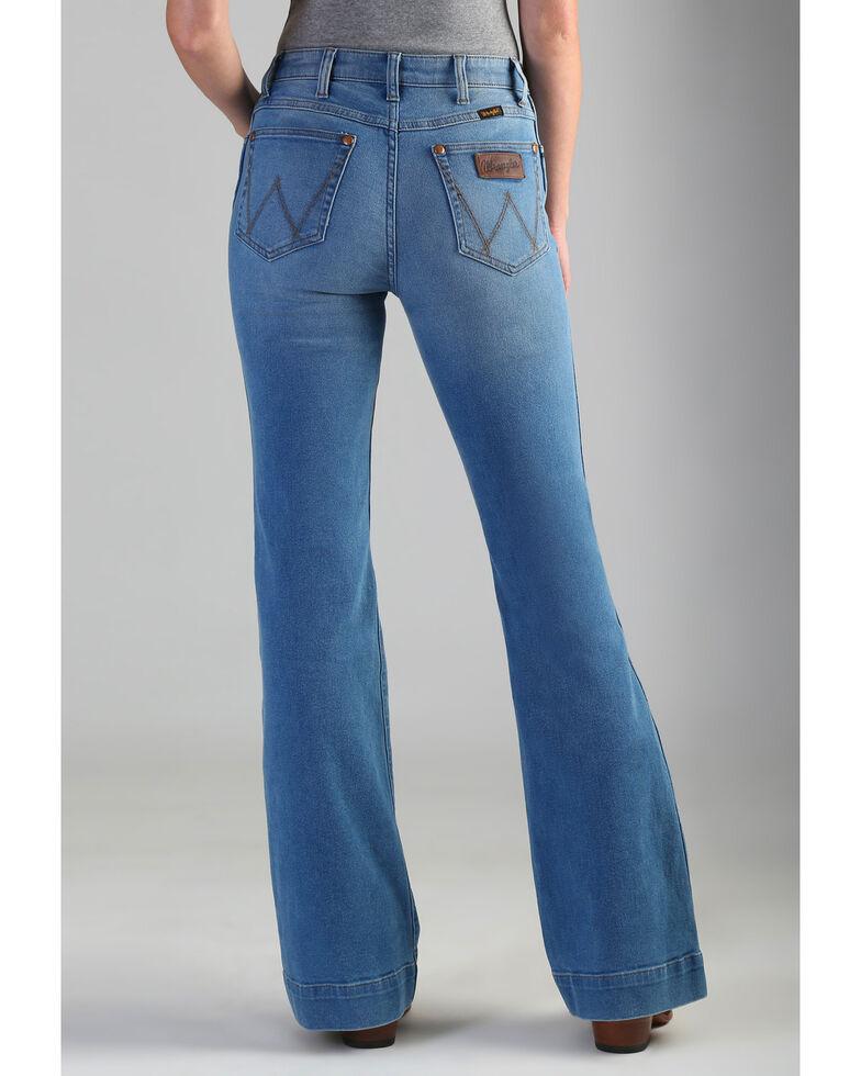 39474198 Zoomed Image Wrangler Retro Women's High Rise Vintage Trouser Jeans , Blue,  hi-res