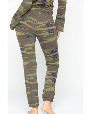 Idyllwind Women's Boss Lady Camo Favorite Fleece Pants, Camouflage, hi-res