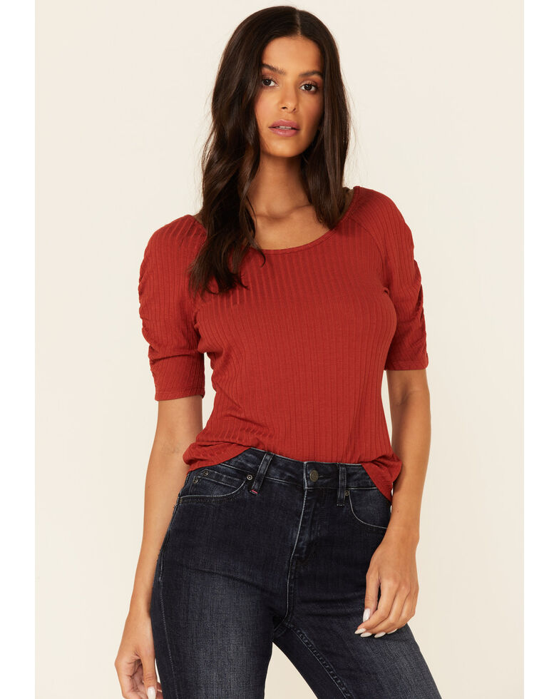 Idyllwind Women's Chili Brazos Way Short Sleeve Top  , Chilli, hi-res