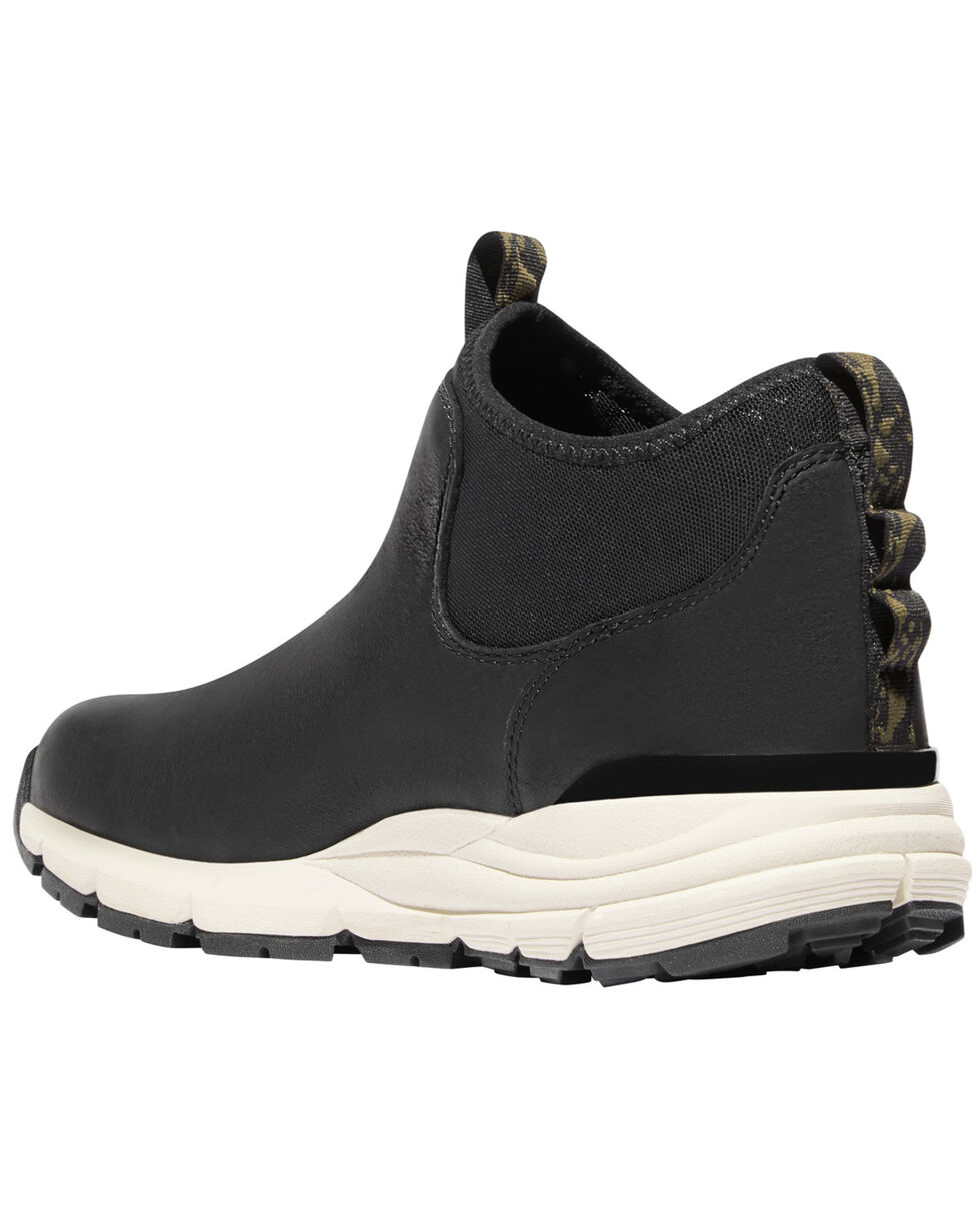 Danner Men's Black Mountain 600 Chelsea Shoes , Black, hi-res