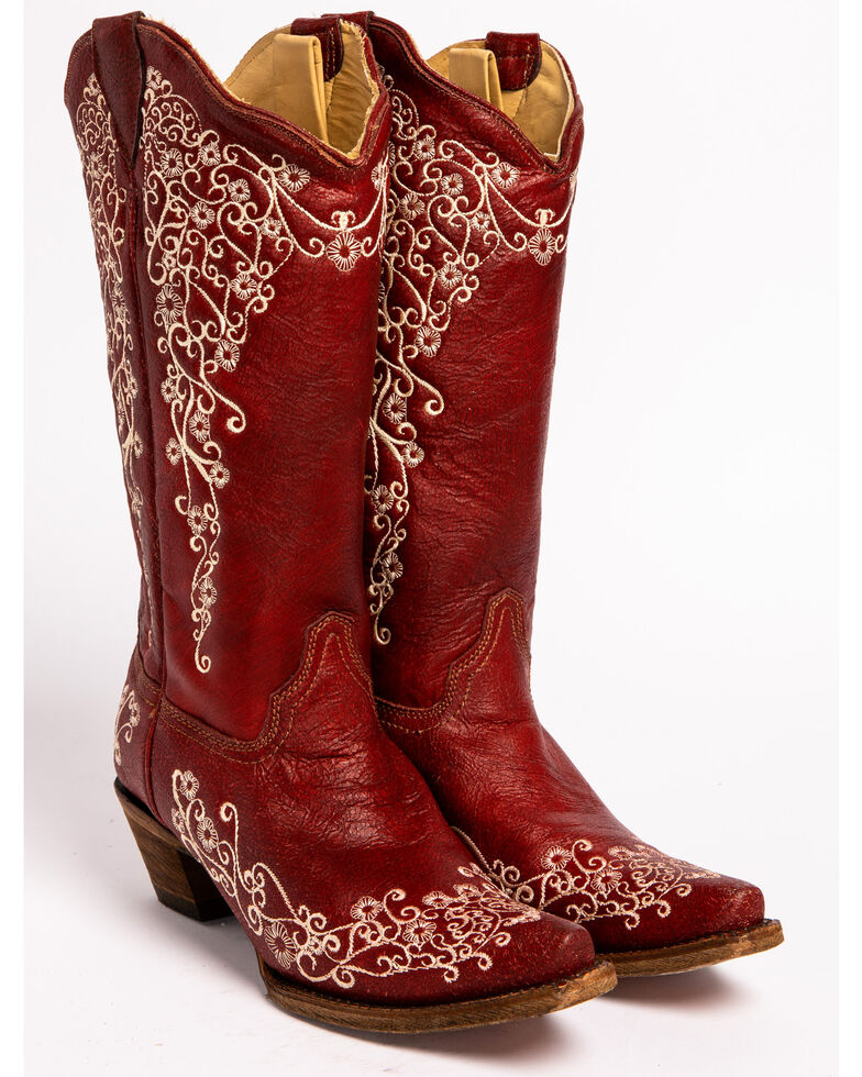 9284c6c7a5e Corral Women's Embroidered Snip Toe Western Boots