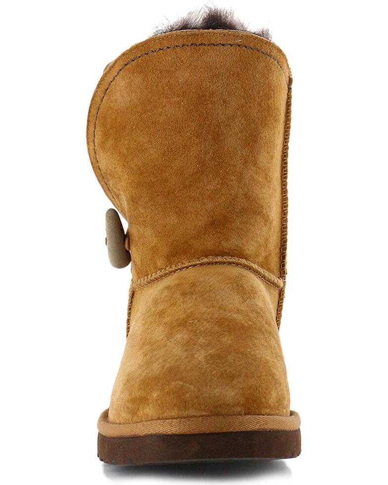 b9134d73bc4 UGG Women's Chestnut Classic Cedar Meadow Boots - Round Toe