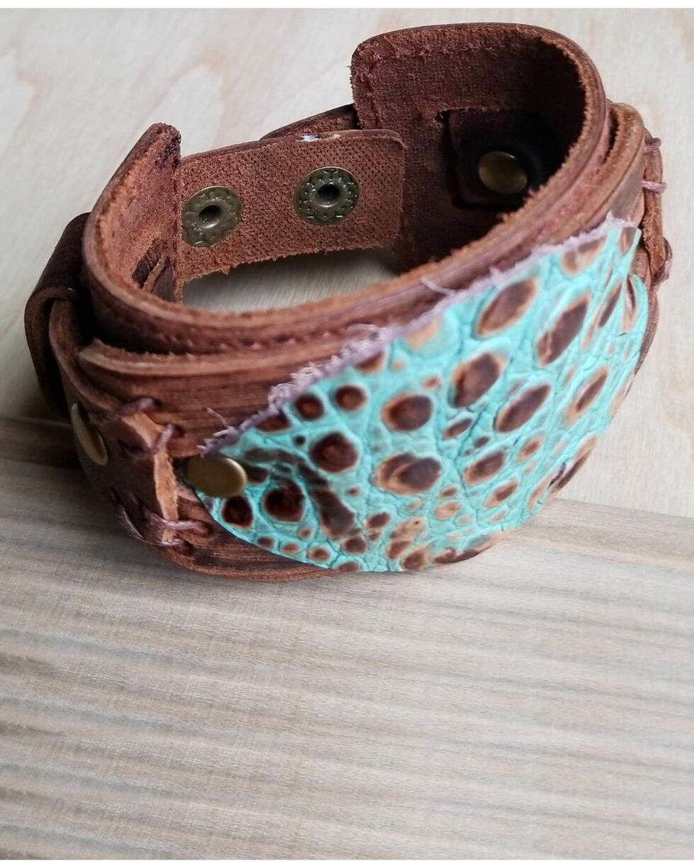 Jewelry Junkie Women's Turquoise Oval Gator Print  Leather Cuff, Brown, hi-res