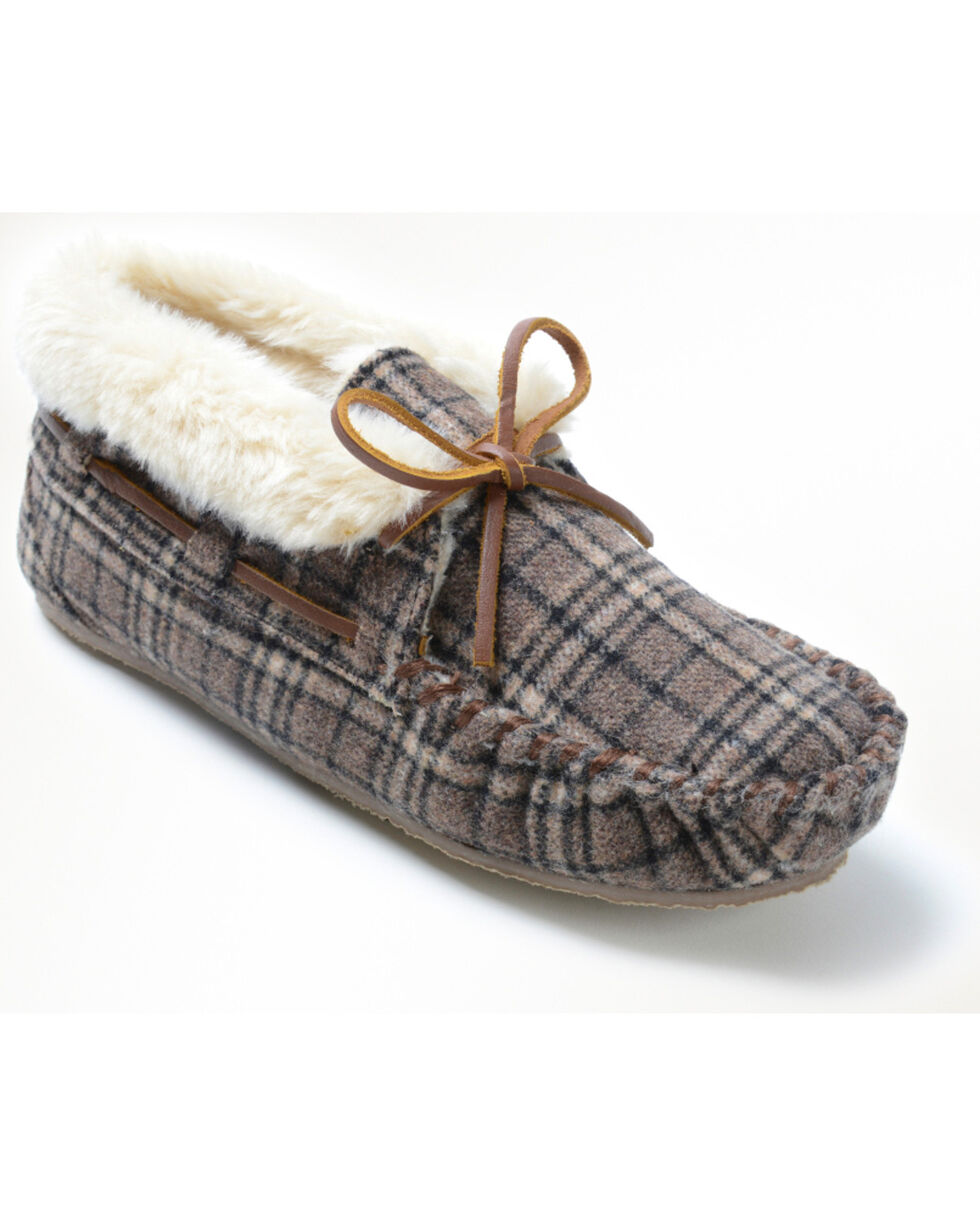Minnetonka Women's Chrissy Plaid Slipper, Multi, hi-res