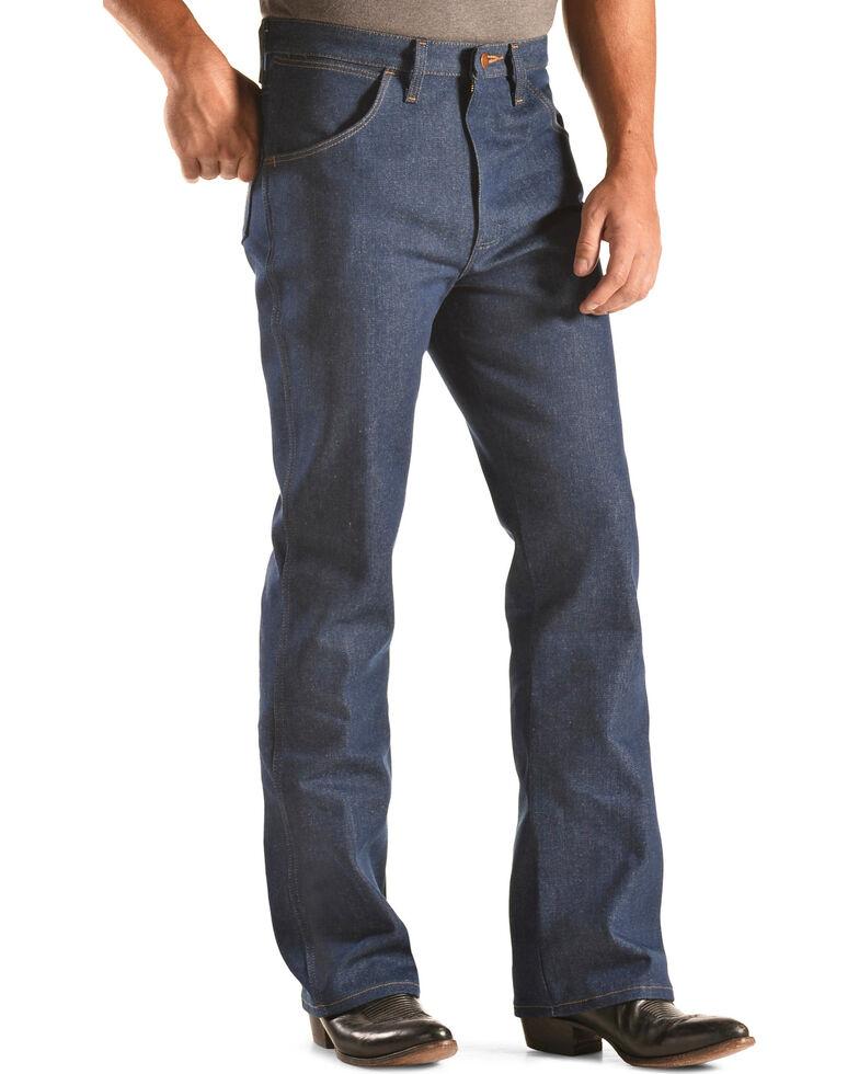 d04ab4b1 Zoomed Image Wrangler Men's Slim Fit Traditional Boot Cut Jeans, Indigo,  hi-res