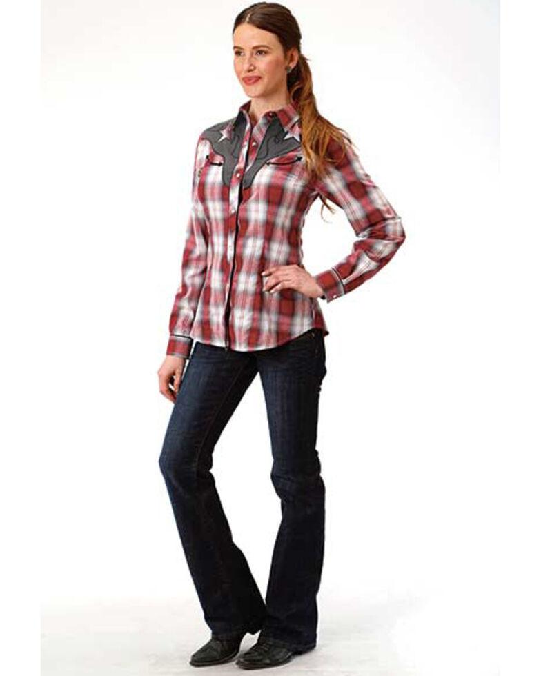 Roper Women's Star Yoke Plaid Long Sleeve Western Shirt, Red, hi-res