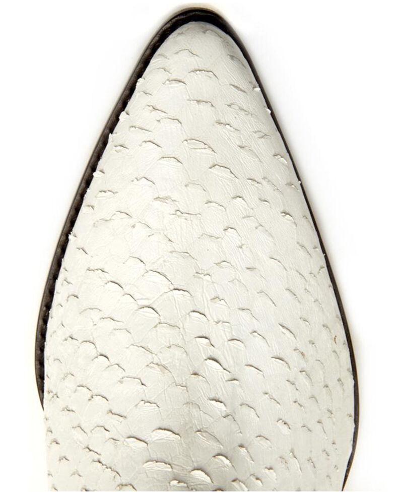 Matisse Women's Caty White Fashion Booties - Round Toe, White, hi-res