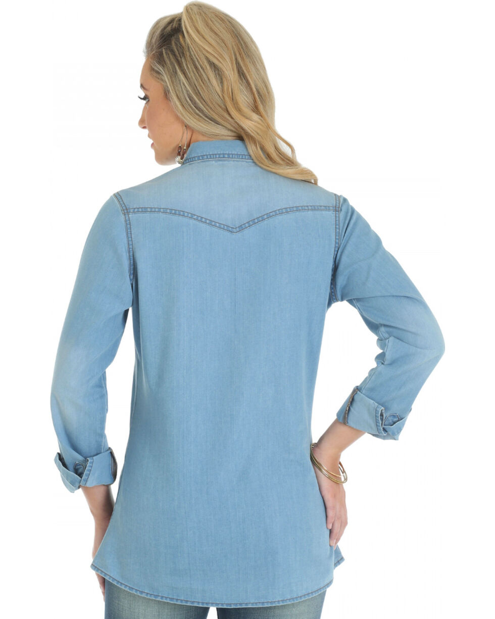 Wrangler Women's Long Sleeve Denim Western Shirt, Stonewash, hi-res