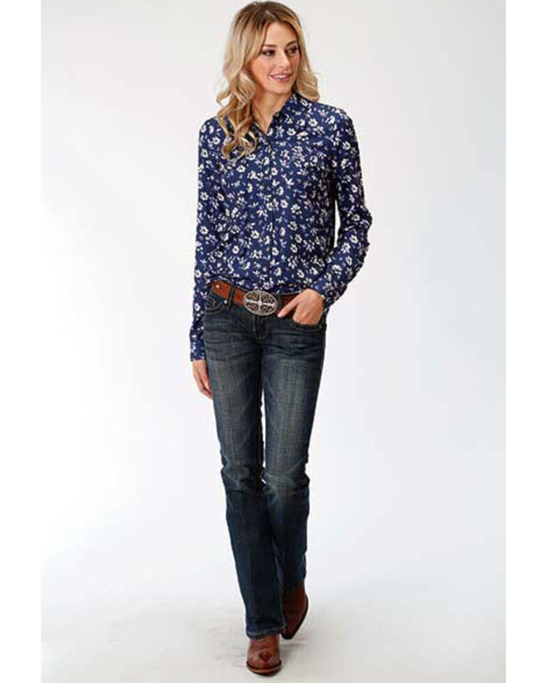 Studio West Women's Steel Magnolias Print Snap Long Sleeve Shirt, Blue, hi-res
