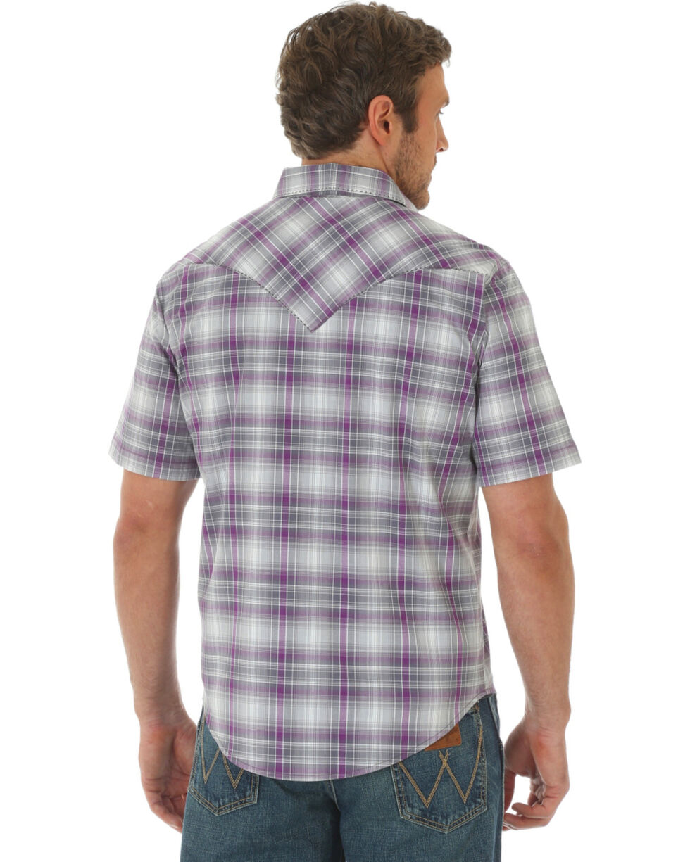 Wrangler Men's Plaid Short Sleeve Shirt  , Purple, hi-res
