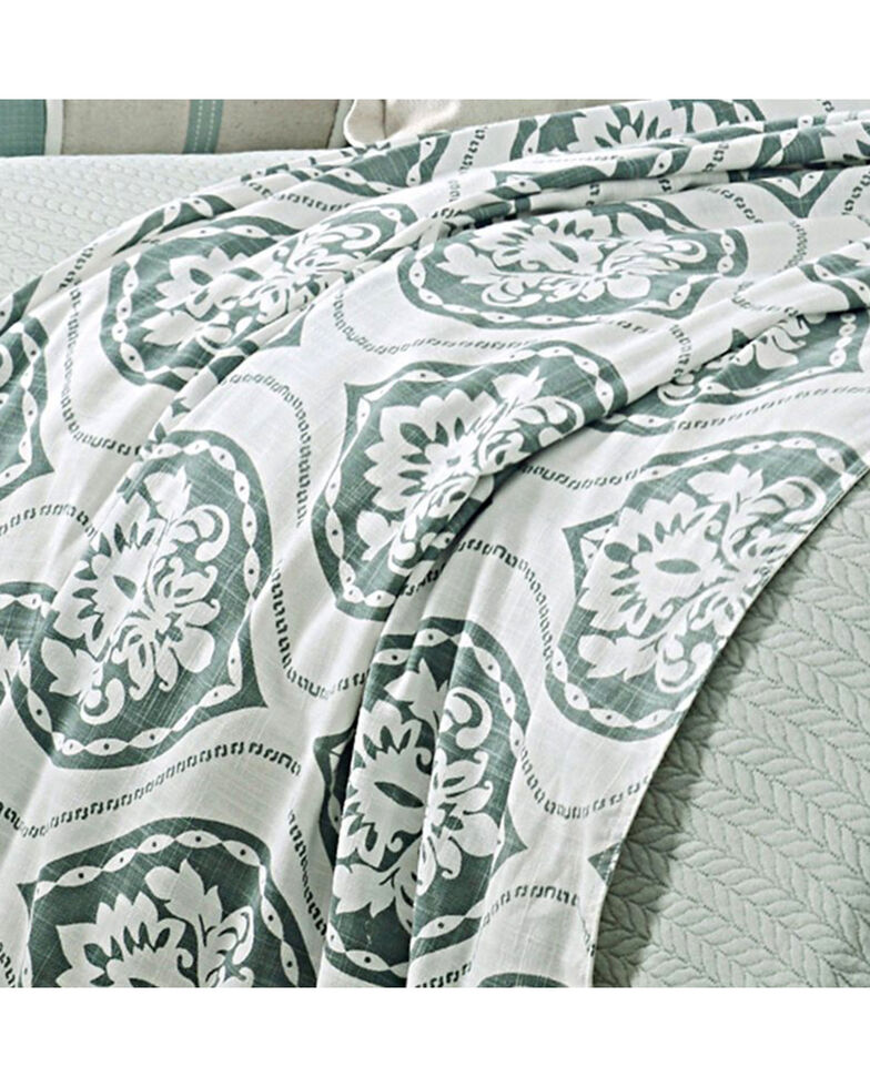 HiEnd Accents Green Belmont Duvet - Super King , Green, hi-res
