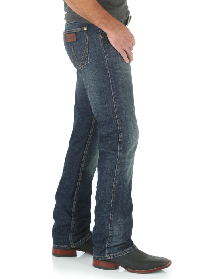 Wrangler Retro Men S Limited Edition Slim Straight Jeans