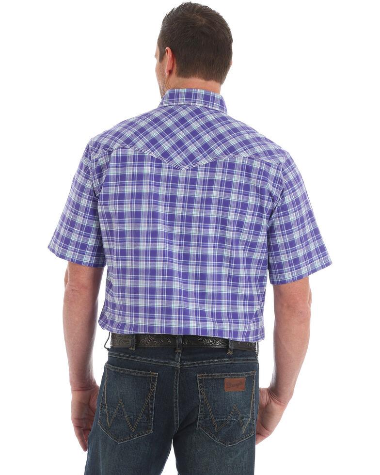 Wrangler 20X Men's Purple Plaid Advanced Comfort Short Sleeve Western Shirt , Purple, hi-res