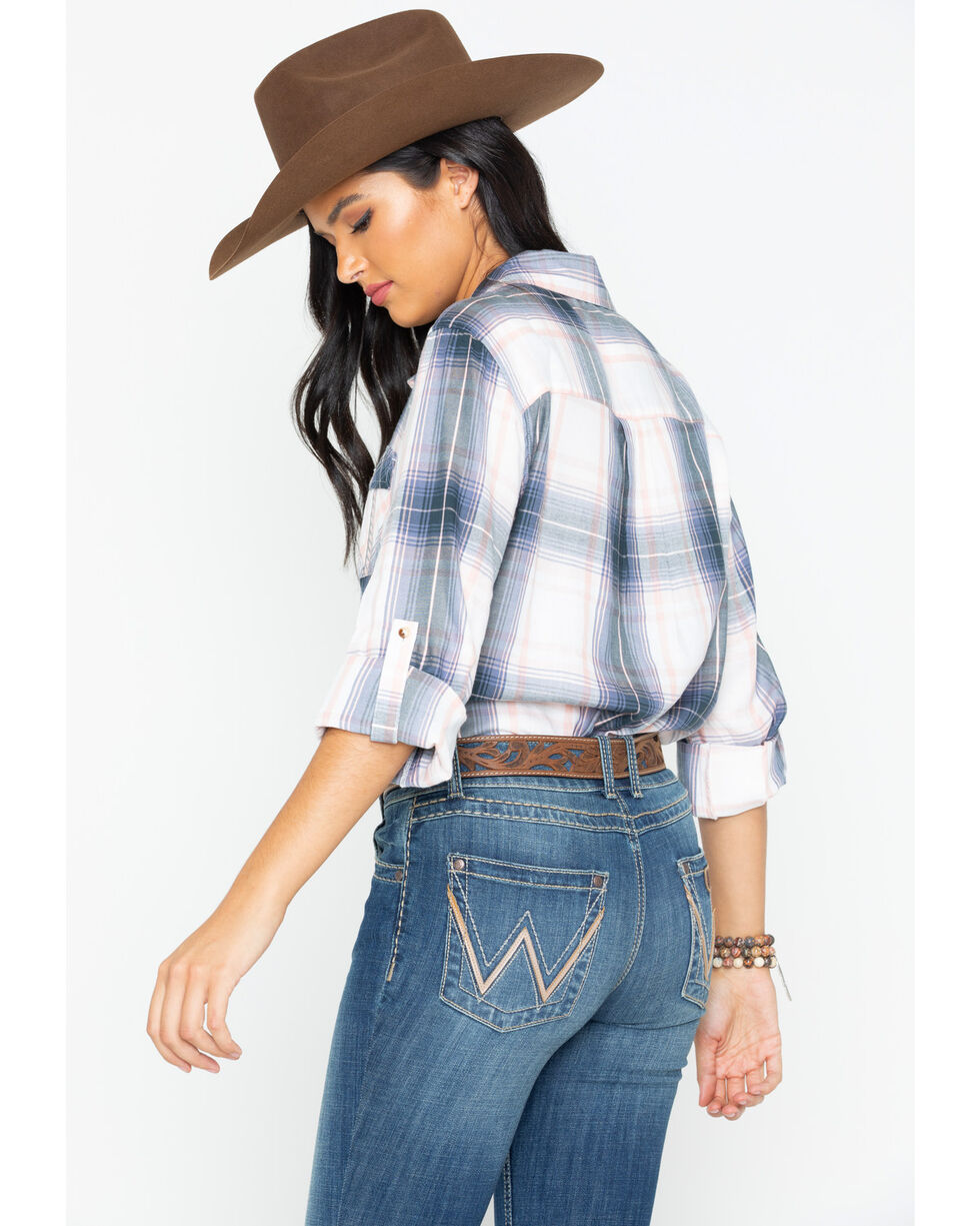 Ely Cattleman Women's Plaid Boyfriend Shirt, Grey, hi-res