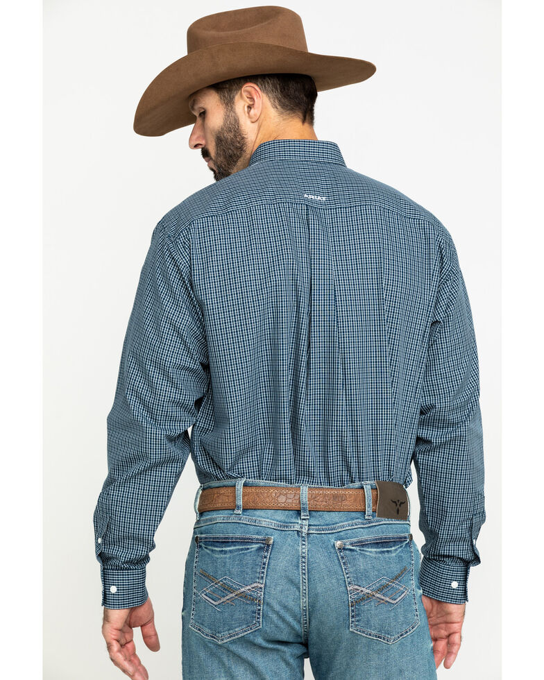 Ariat Men's Wrinkle Free Middlesburg Small Plaid Long Sleeve Western Shirt - Tall , Navy, hi-res
