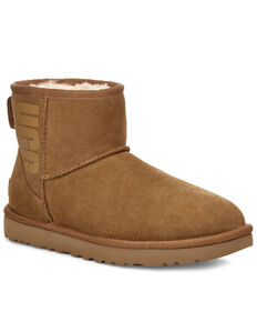 UGG Women's Chestnut Classic Mini Boots - Round Toe, Chestnut, hi-res
