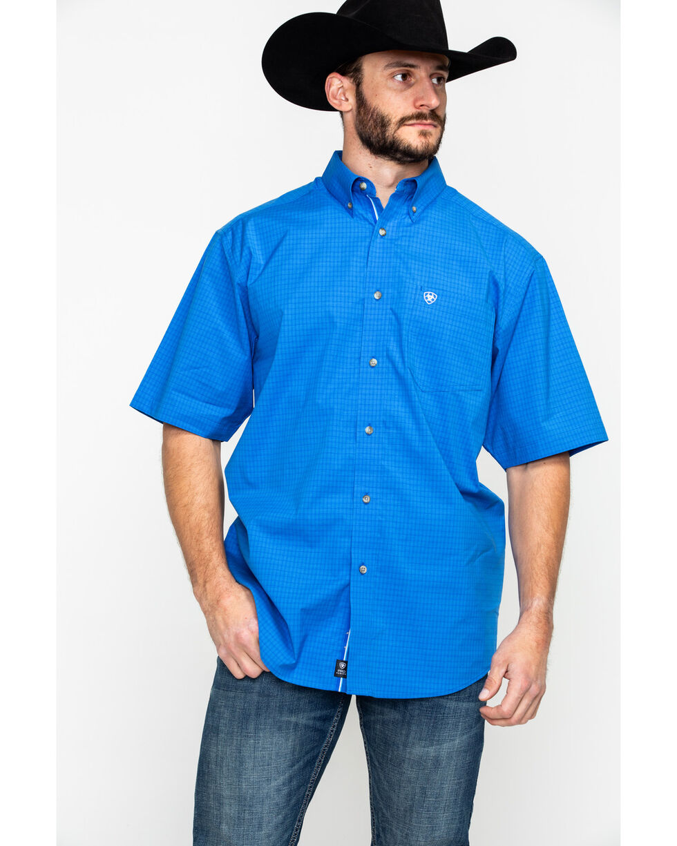 Ariat Men's Eberman Stretch Plaid Short Sleeve Western Shirt , Blue, hi-res