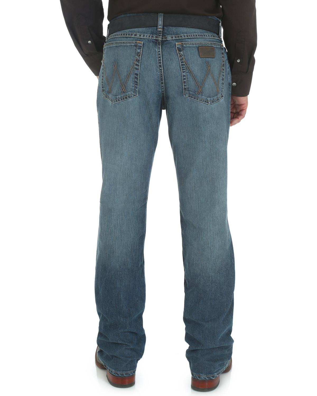 eebd33b9929 Zoomed Image Wrangler 20X Men's Cool Vantage Slim Fit Competition Jeans,  Denim, ...