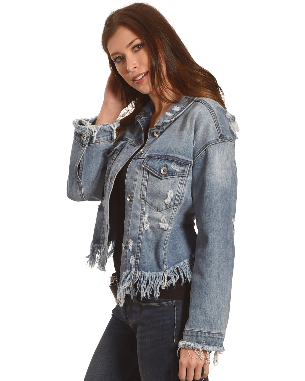 a30b749638 Tractr Blu Women s Cropped Frayed Hem Denim Jacket