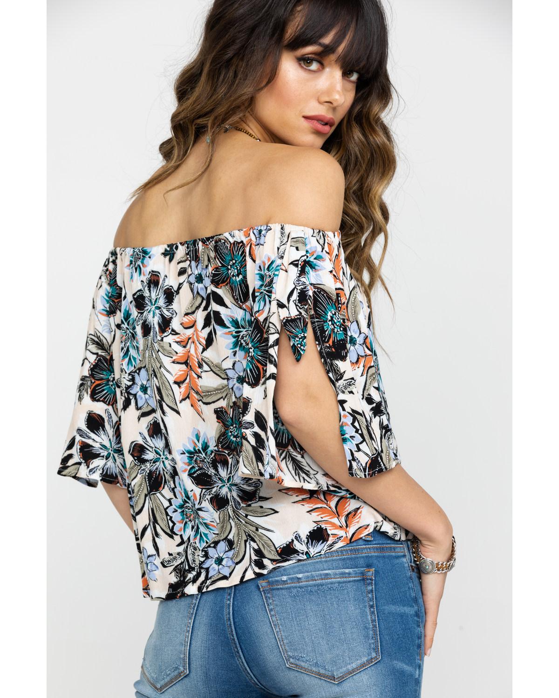 76a64fd5679ec Shyanne Women s Floral Print Cold Shoulder Short Sleeve Top