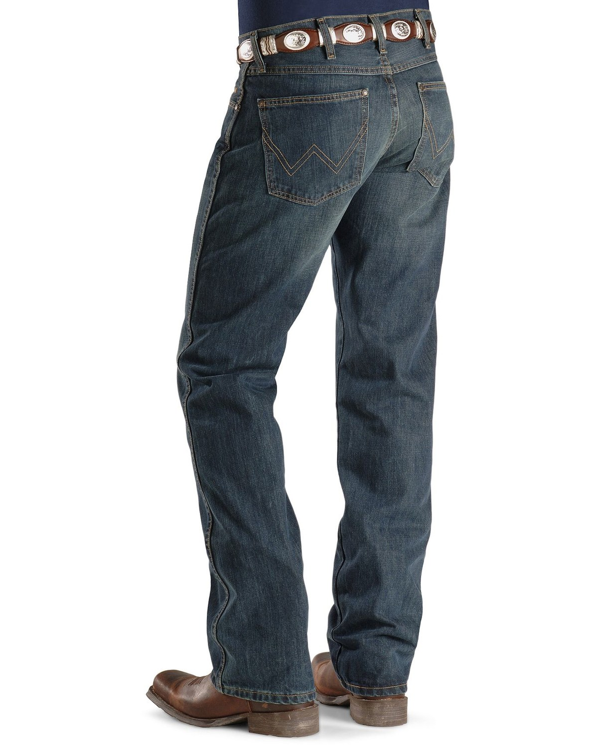 a34afca9a9a1 Wrangler Retro Men s Slim Fit Boot Cut Jeans